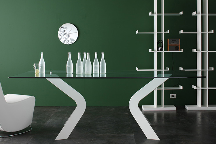 Bipede, dining table from Miniforms