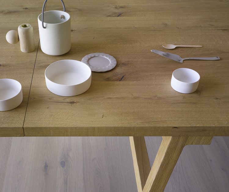 Frattino dining table from Miniforms