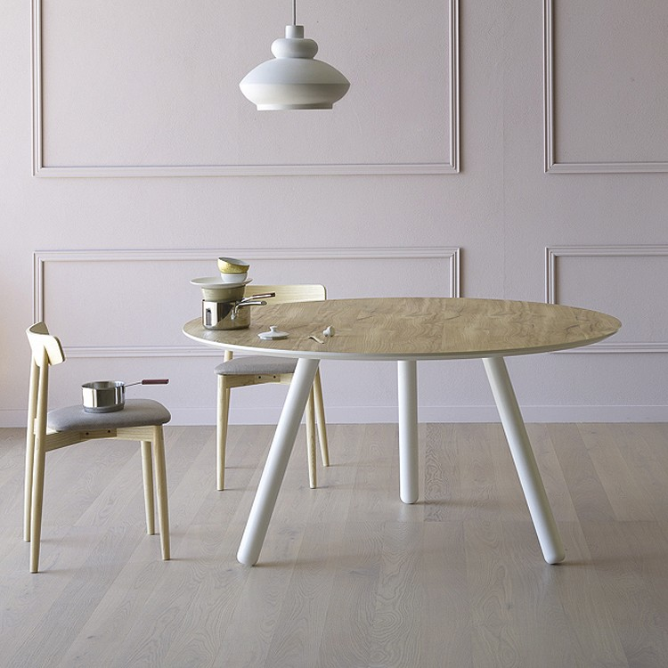 Pixie dining table from Miniforms, designed by Miniforms Lab