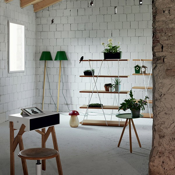 Torototela desk from Miniforms