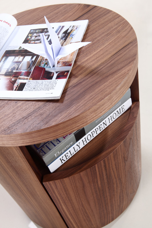 Area TC-0258, end table from Casabianca