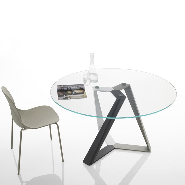 Millennium Round dining table from Bontempi, designed by Dondoli and Pocci
