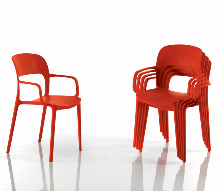 Gipsy chair from Bontempi