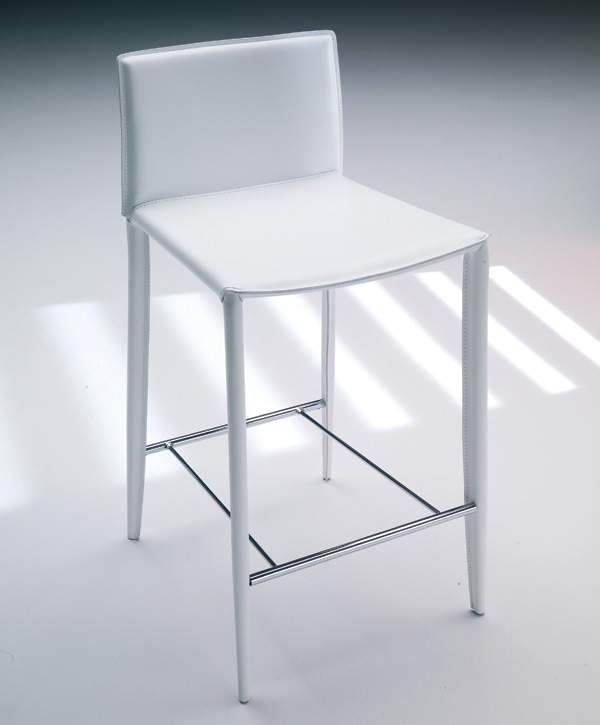 Linda Stool from Bontempi, designed by Daniele Molteni