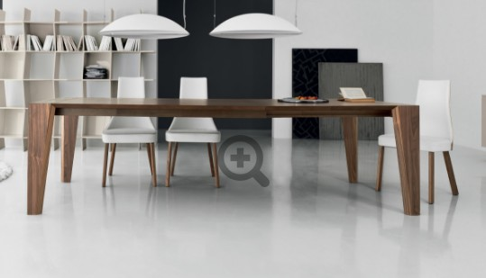 Plus, dining table from Compar