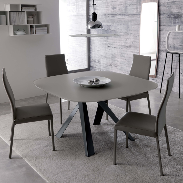 Bombo T245 dining table from Ozzio