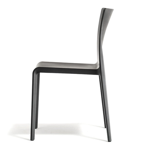 Volt HB 673 chair from Pedrali