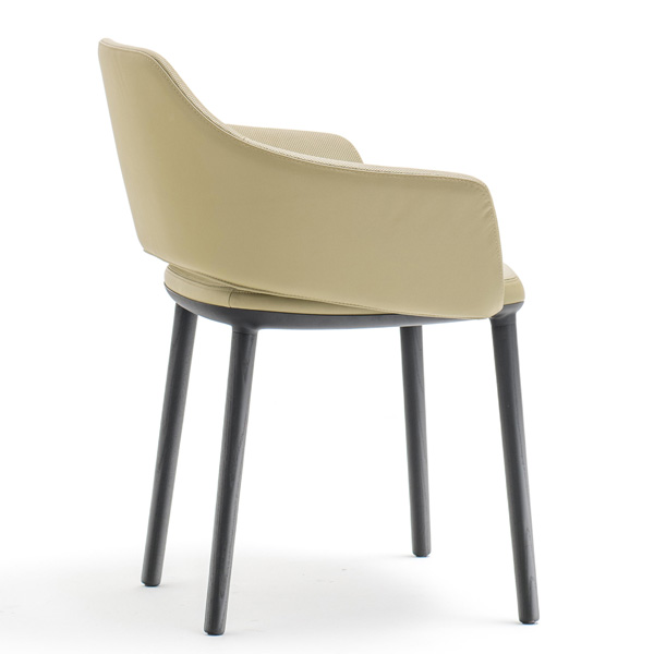 Vic 645 chair from Pedrali, designed by Patrick Norguet