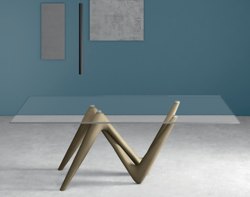 Esse, dining table from Compar