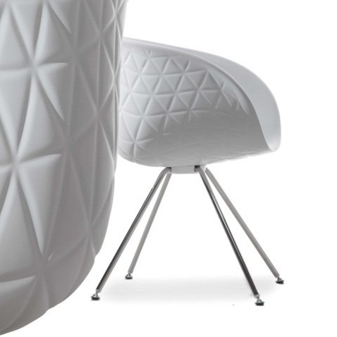Structure 905.01 chair from Tonon