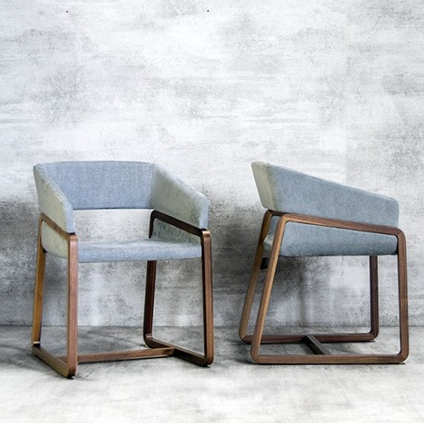 Chic 153.11 chair from Tonon