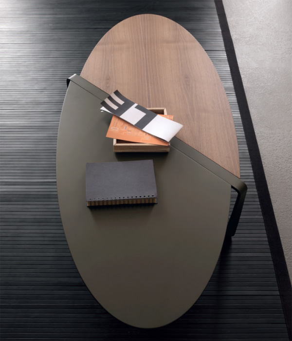 Smart coffee table from Compar