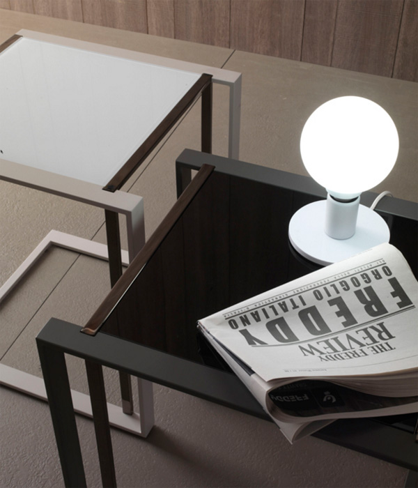 Square end table from Compar