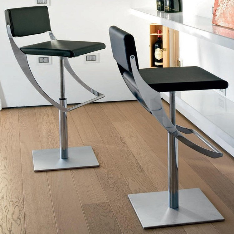Comodo stool from Unico Italia