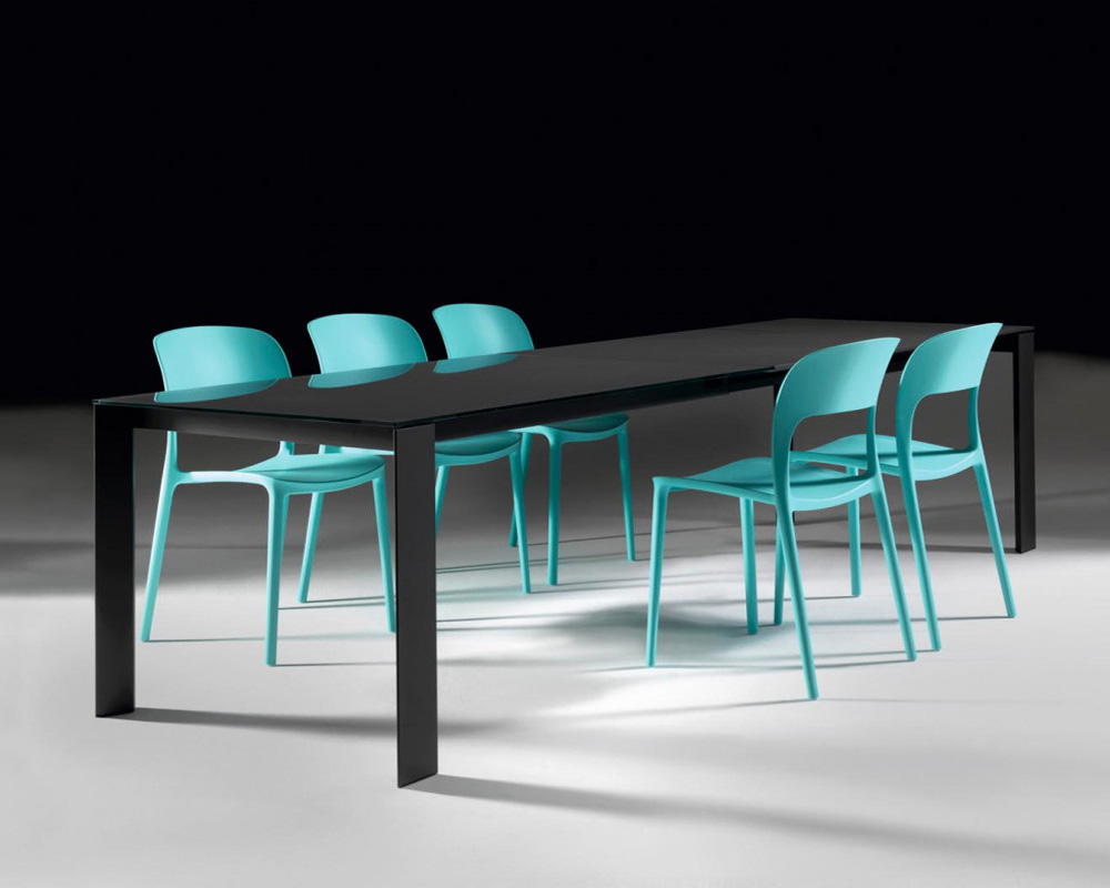 Pascal dining table from Bontempi