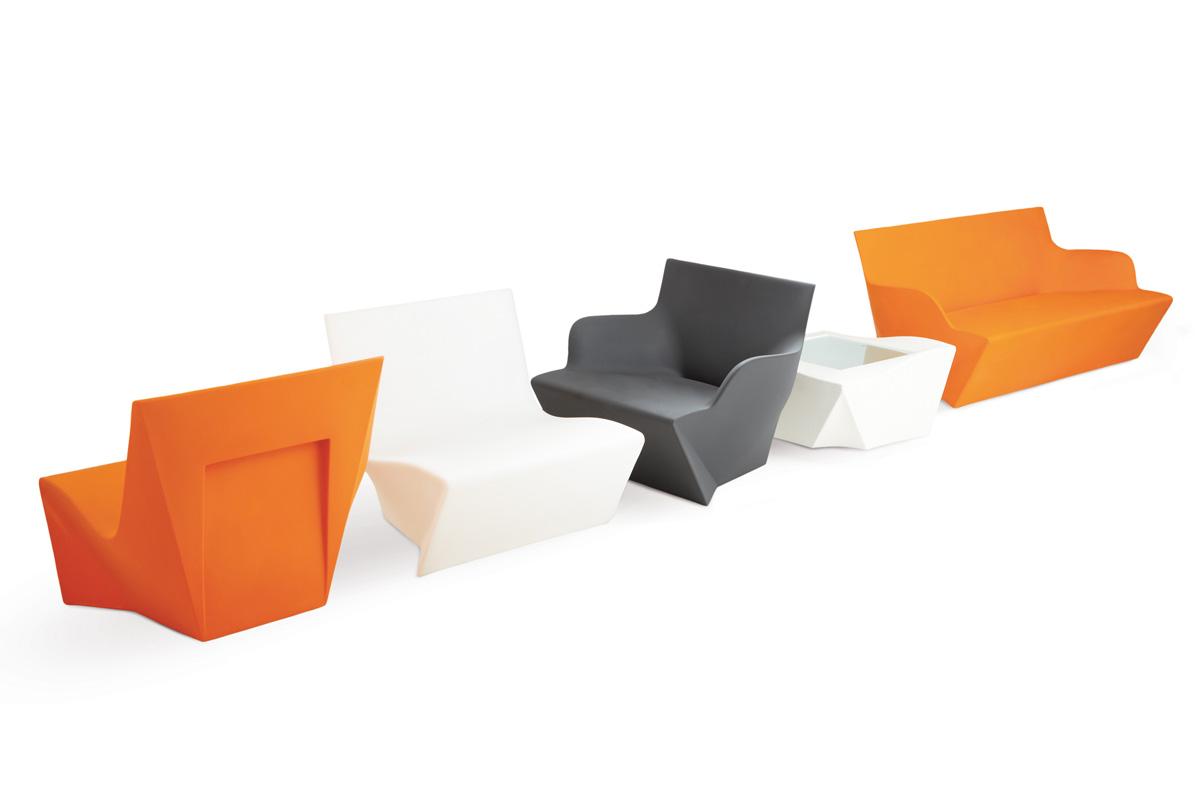 Kami Ni, coffee table from Slide