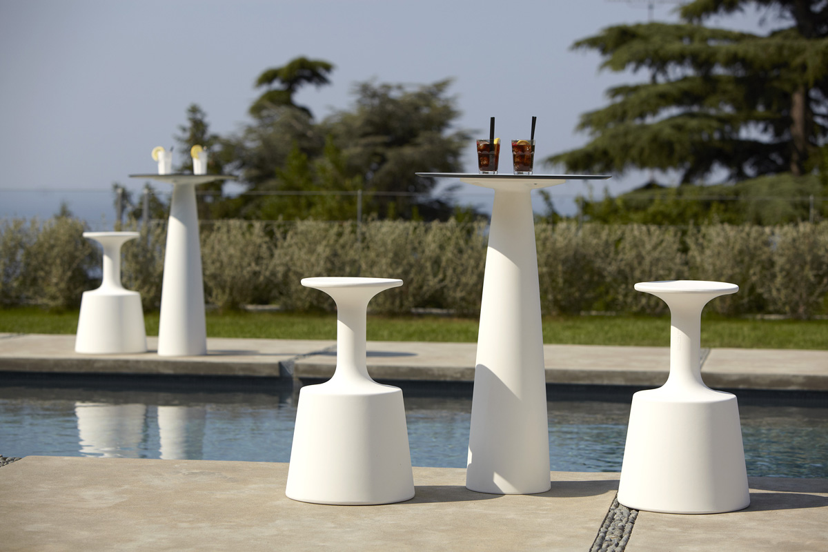 Drink stool from Slide