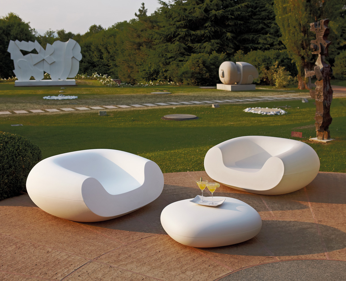 Chubby lounge chair from Slide
