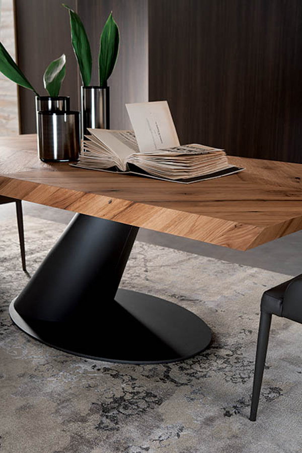 Thor Fisso T243 dining table from Ozzio