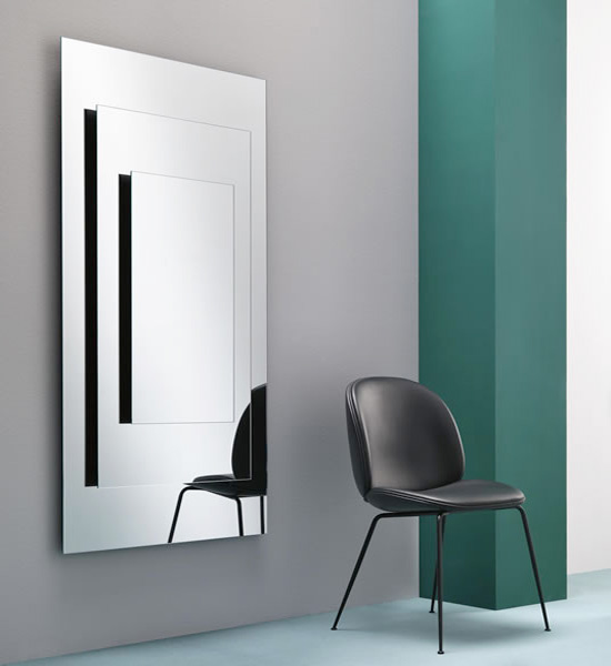 Dooors mirror from Tonelli, designed by Matteo Ragni