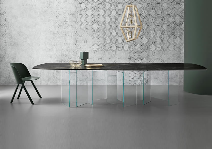 Metropolis Ceramic dining table from Tonelli