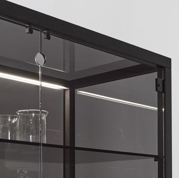 Juno, cabinet from Miniforms