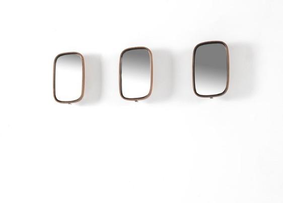 Botero 1 mirror from Porada, designed by T. Colzani