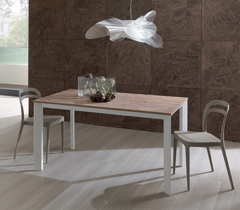 Mix Expo ET56 dining table from Easyline