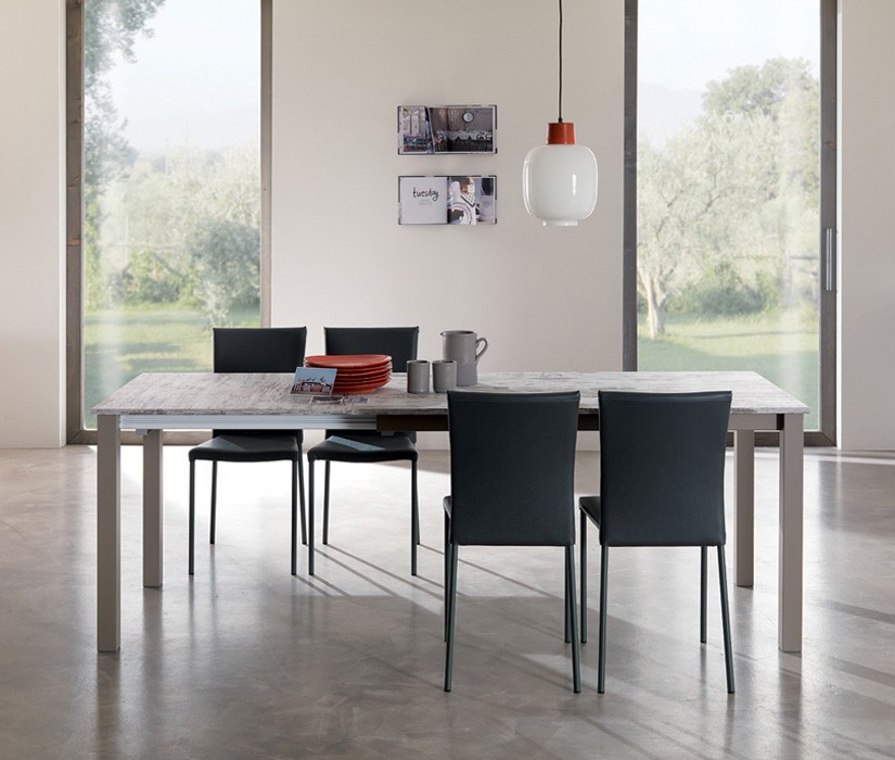 Mix Quadro ET56 dining table from Easyline