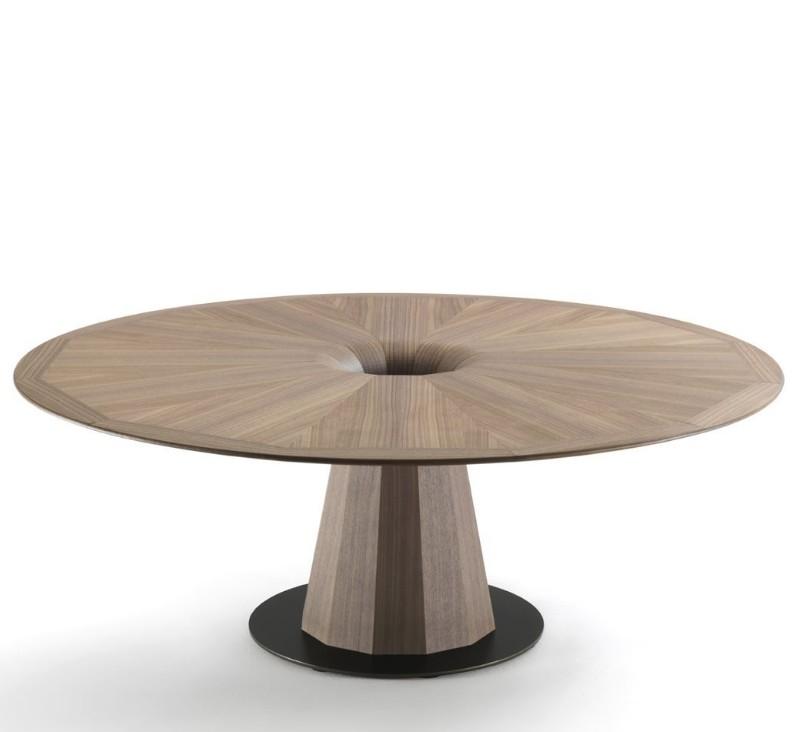 Fuji dining table from Porada