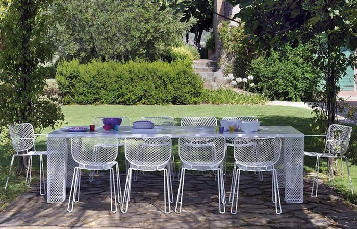Ivy Rectangular Table 592 dining from Emu, designed by Paola Navone