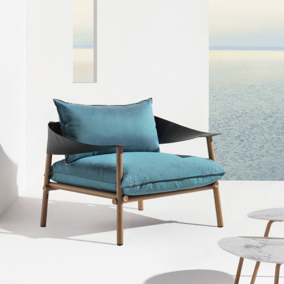 Terramare Lounge Chair from Emu, designed by Chiaramonte and Marin