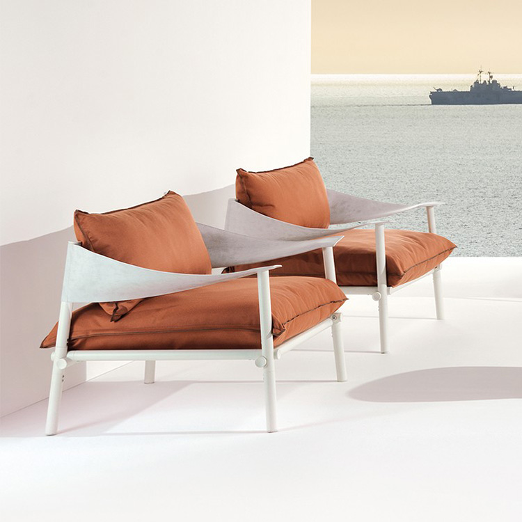 Terramare Lounge Chair from Emu