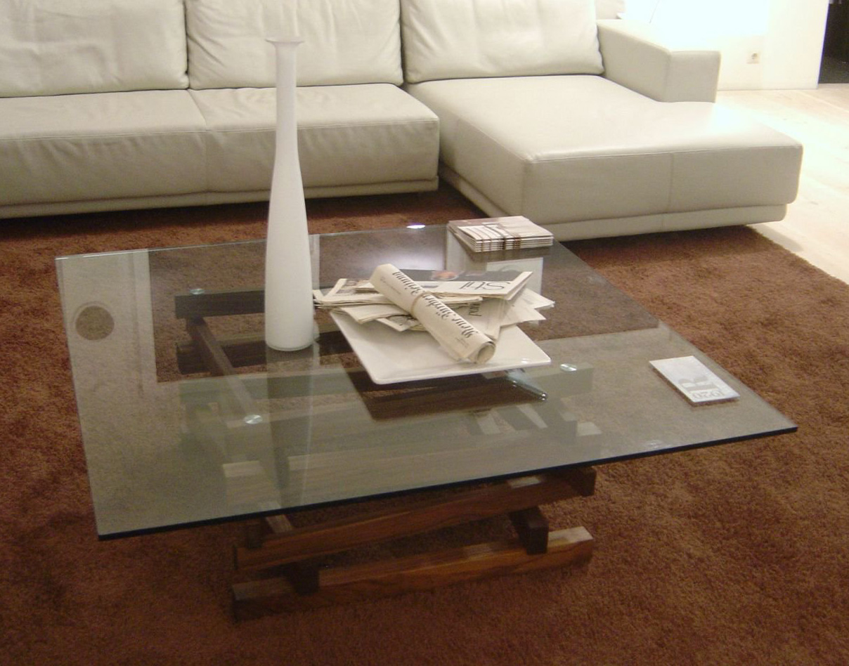 Falo Small coffee table from Riva 1920, designed by Terry Dwan