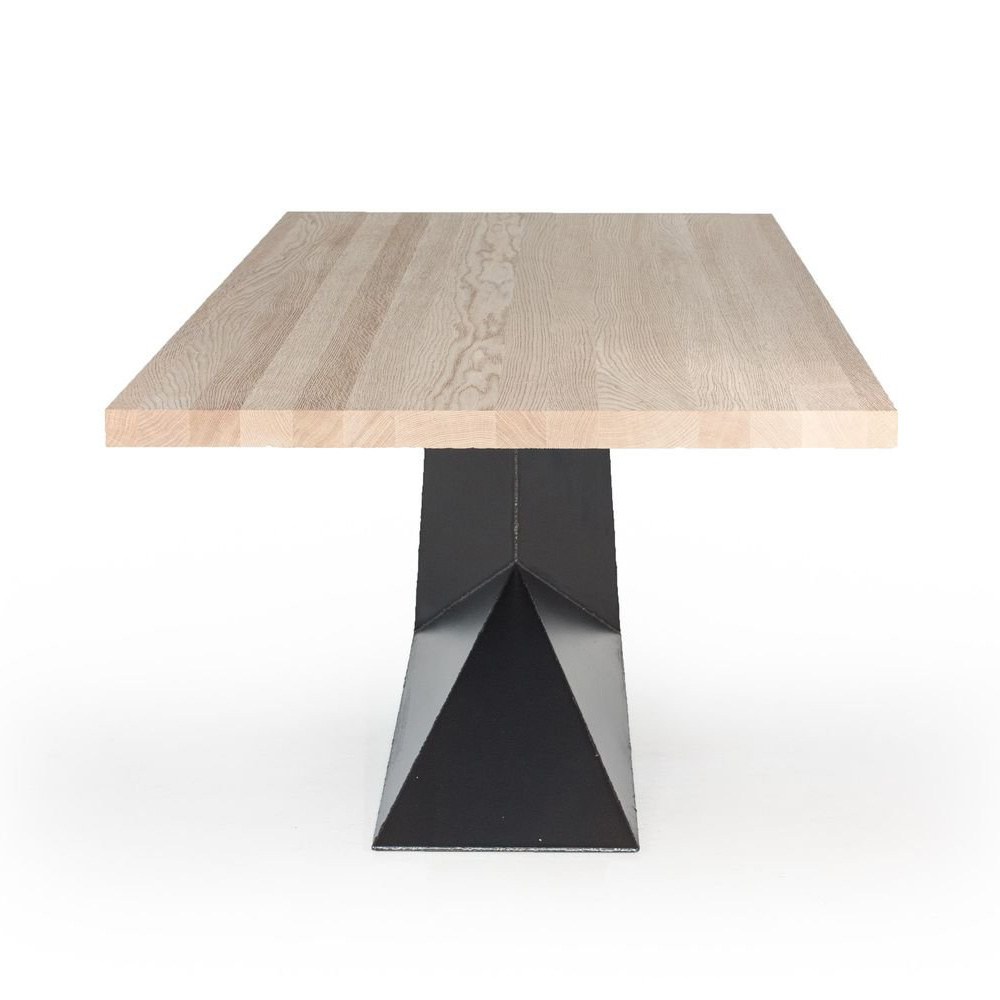 Opla dining table from Riva 1920