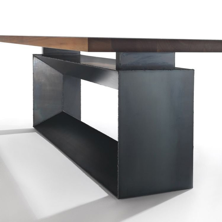 Cube dining table from Riva 1920