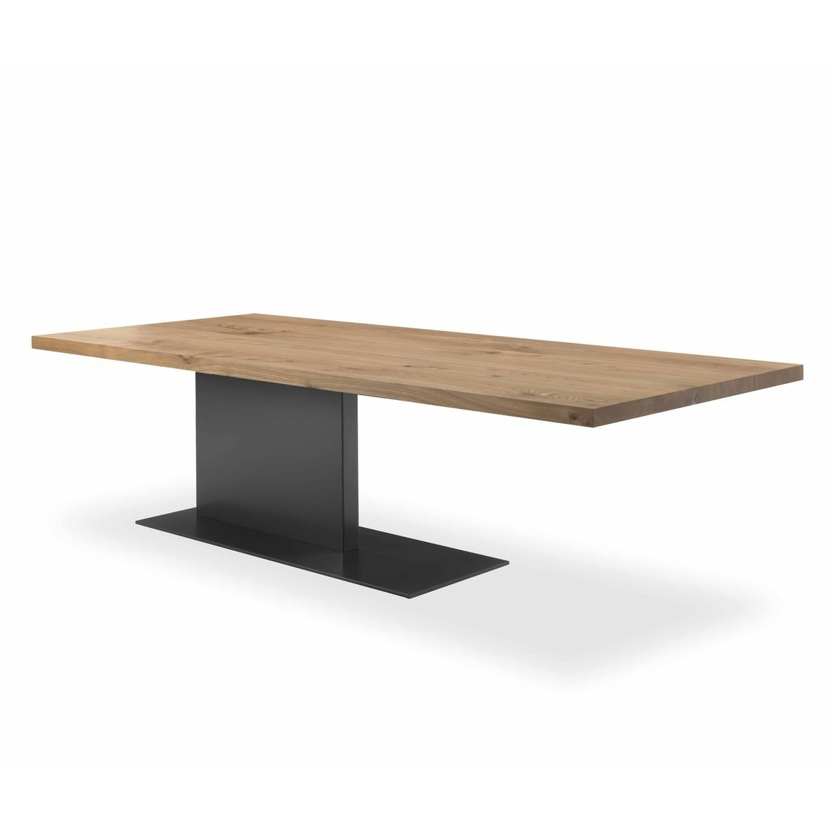 Liam Iron dining table from Riva 1920