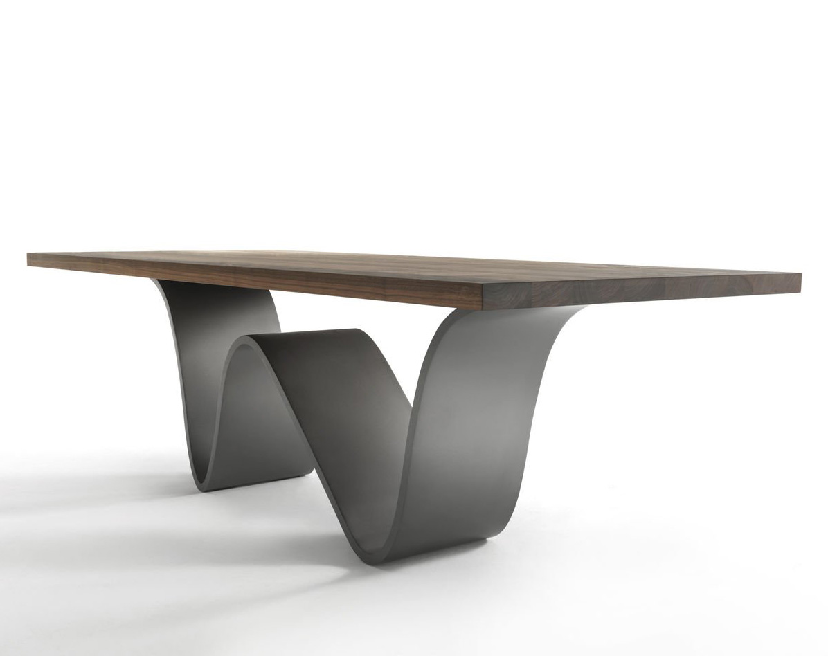 Bree E Onda dining table from Riva 1920, designed by Passon & Savorgnani