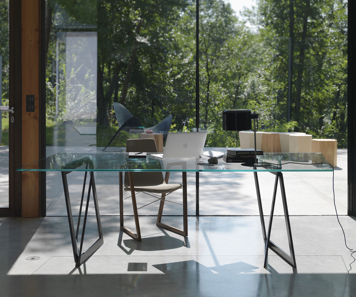 QuaDror02 dining table from Horm, designed by Dror