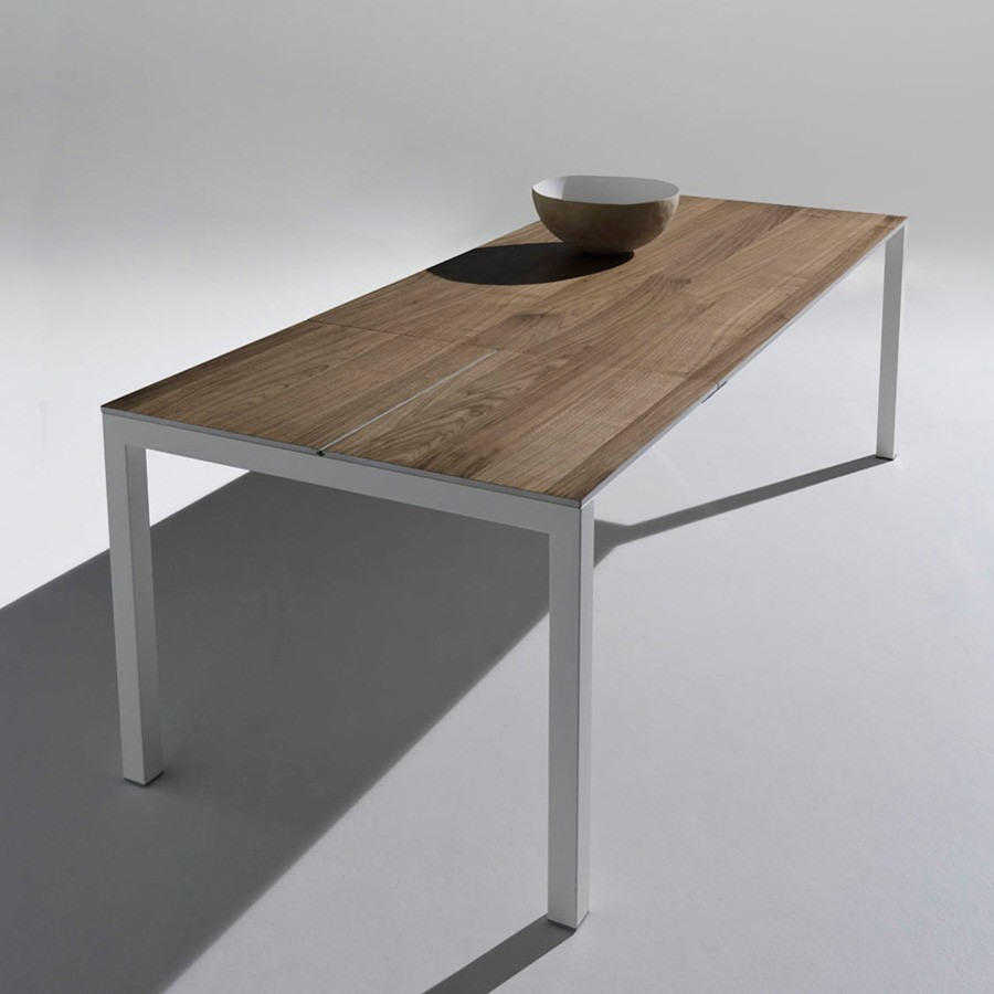 Lux dining table from Horm