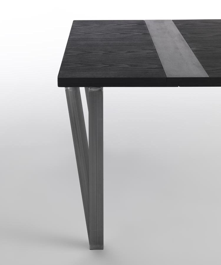 Ma.Re dining table from Horm, designed by Renato Zamberlan