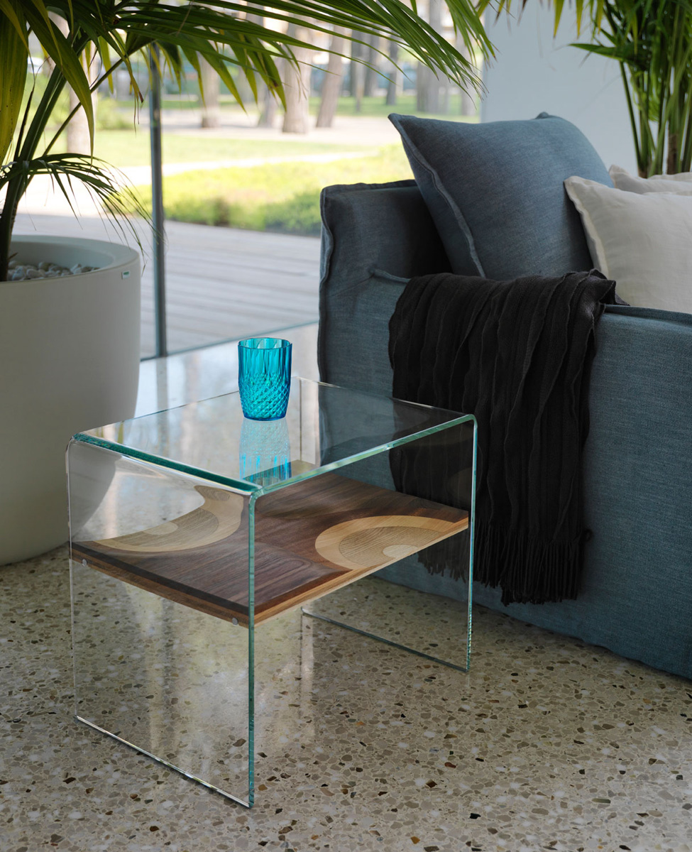 Bifronte, end table from Horm