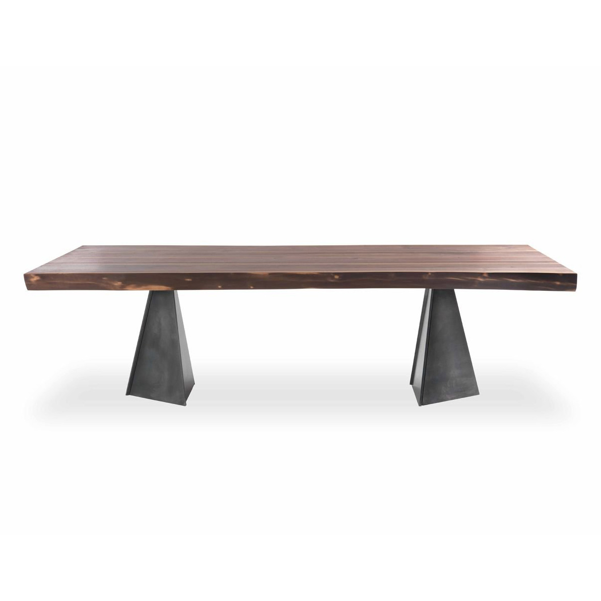 Woodstock dining table from Riva 1920