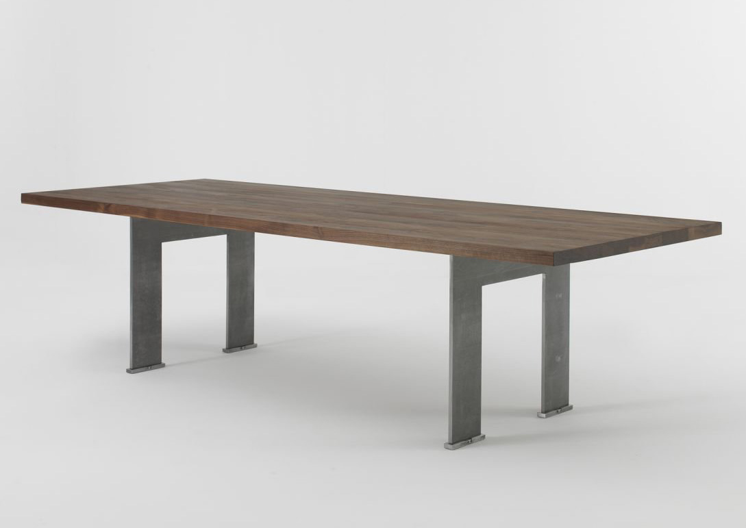 Cantu dining table from Riva 1920