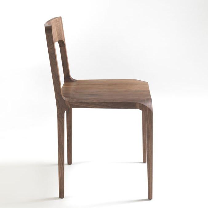 Sleek chair from Riva 1920