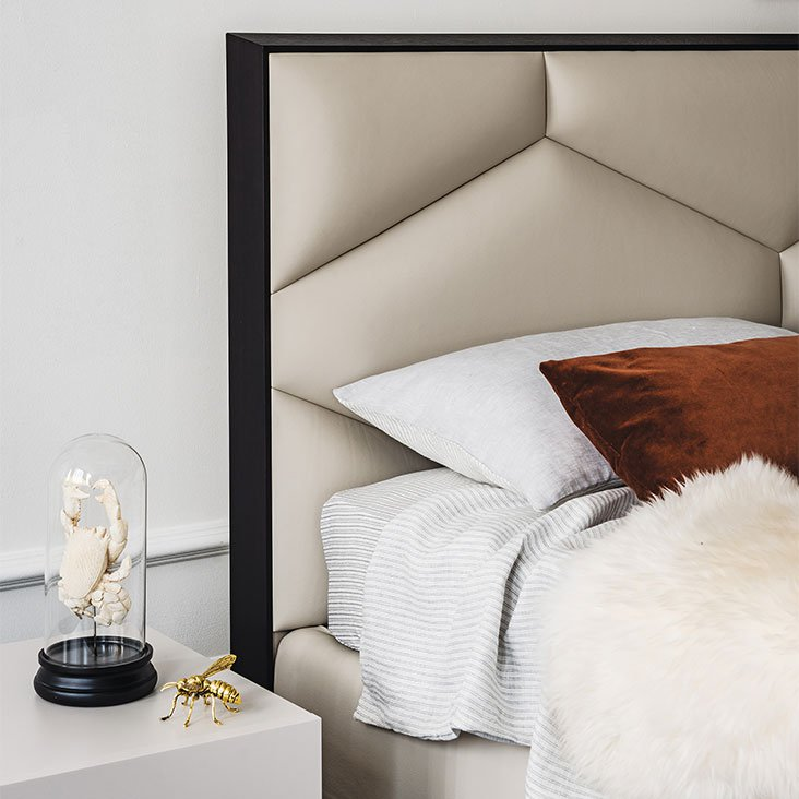 Edward Bed from Cattelan Italia