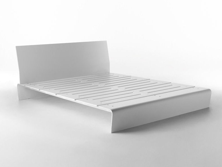 Hi Ply bed from Horm