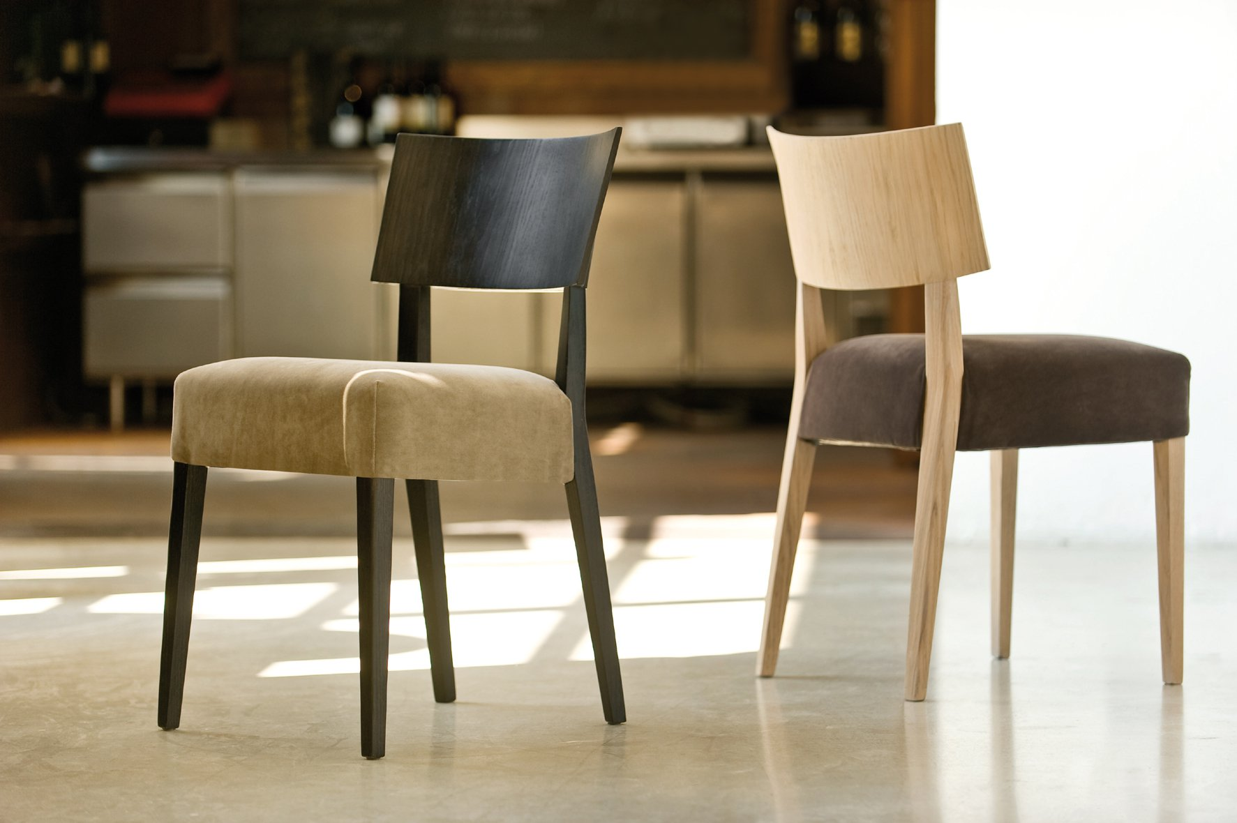 Elle 452 chair from Pedrali, designed by Pedrali R&D