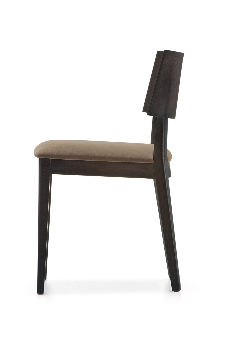 Elle 453 chair from Pedrali, designed by Pedrali R&D
