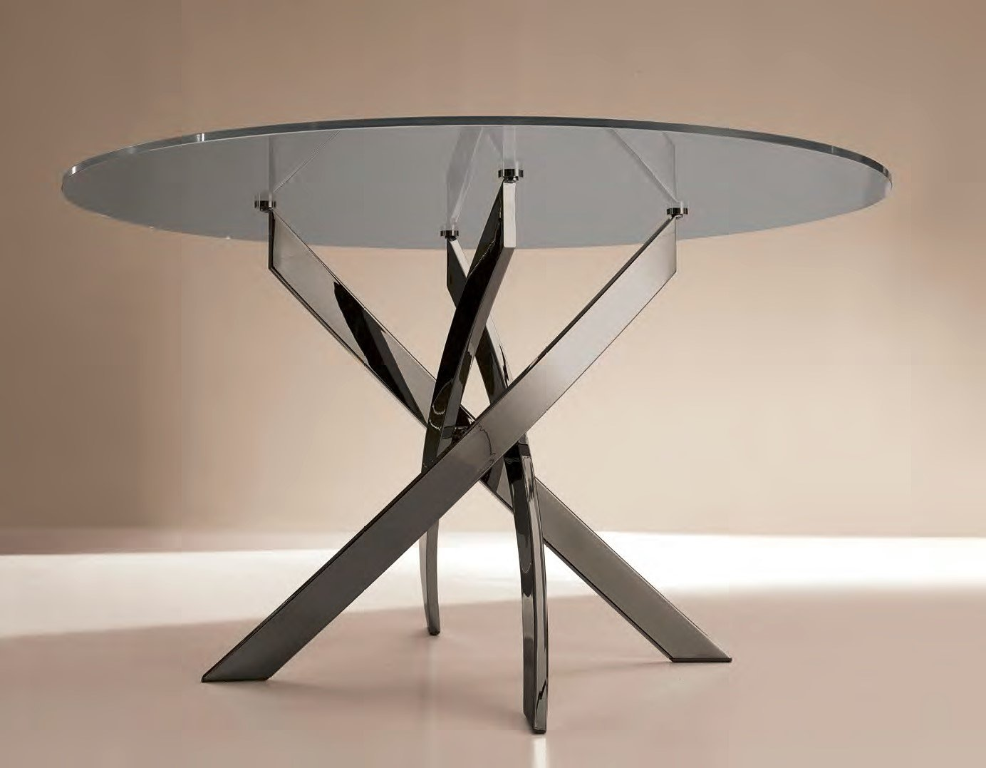 Barone Round dining table from Bontempi
